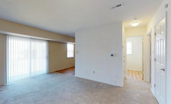 sunset-heights-apartments-burlington-nj-1br-1ba---725-sf